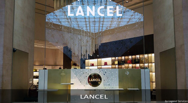 Pose PLV Lancel (par Legend Services, expert en installtion PLV)